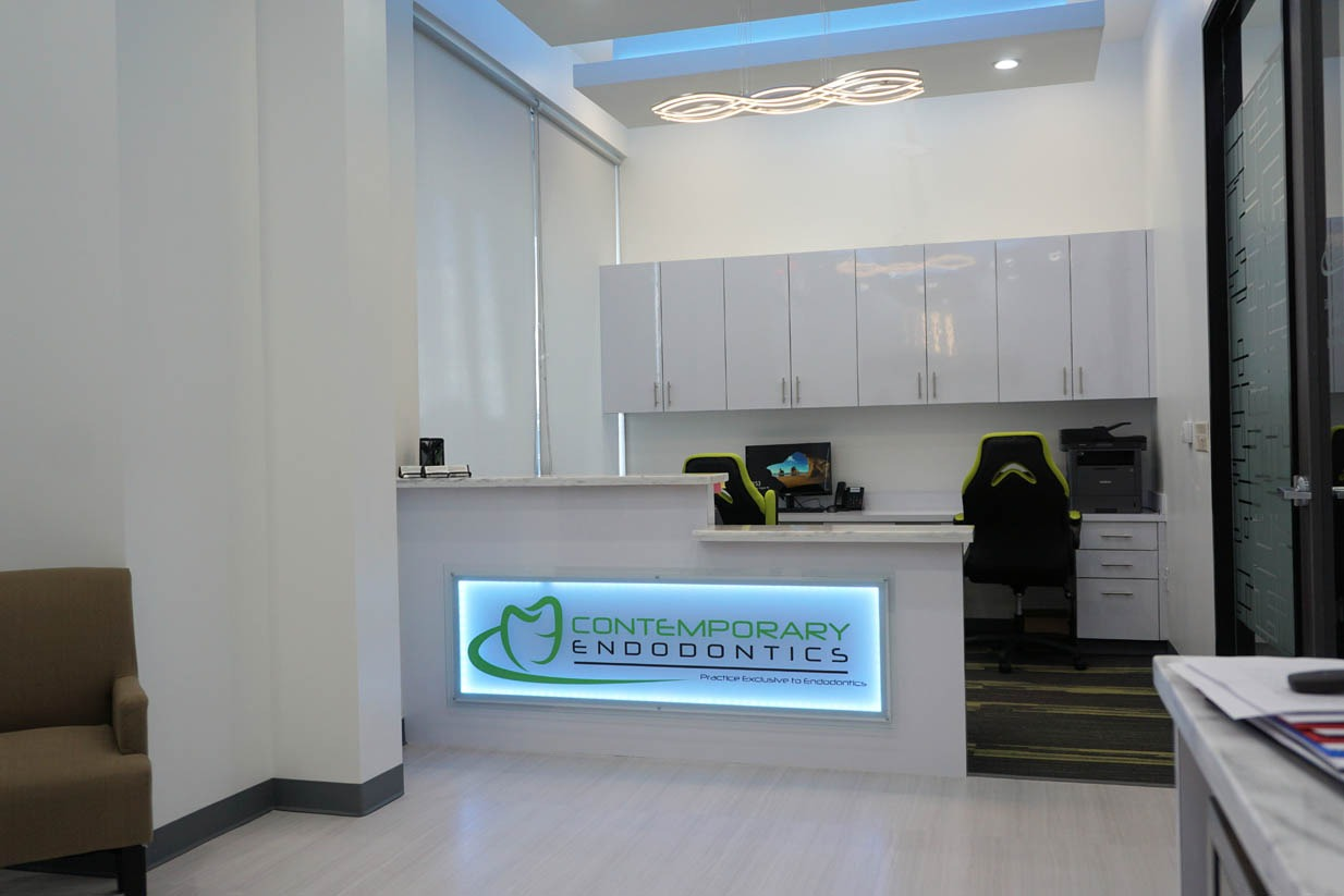 Contemporary Endodontics | Houston Endodontist | Reception